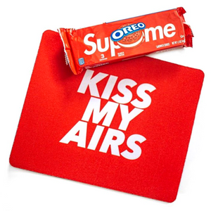 KISS MY AIRS RED MOUSE PAD