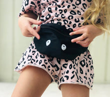 Load image into Gallery viewer, KIDS CUSTOM BUM BAG- BLACK