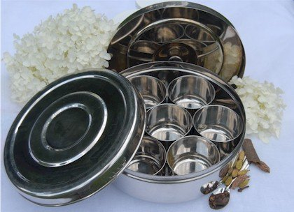 Saachi Stainless Steel Spice Box Indian Masala Dabba with 7 Spice Containers, Spoon and Double Lid Keeps Spices Fresh