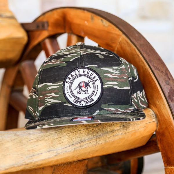 Dillo Badge - Solid Tiger Camo