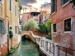 Venetian Canale #9 Canvas Prints