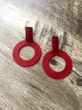 Load image into Gallery viewer, Red circle Earrings
