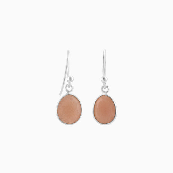 Satin facet Peach Moonstone