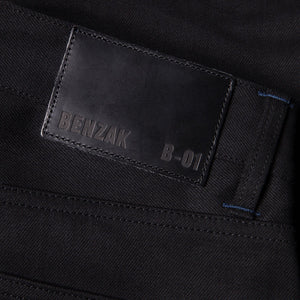 men's slim fit italian selvedge denim jeans | indigo | benzak B-01 SLIM 13 oz. black selvedge | candiani | leather patch