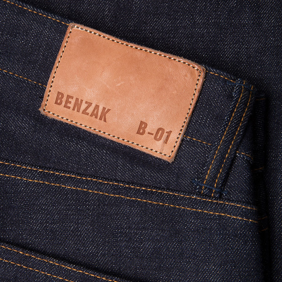 men's slim fit japanese selvedge denim jeans | indigo | benzak B-01 SLIM 15.5 oz. Kojima selvedge | leather patch
