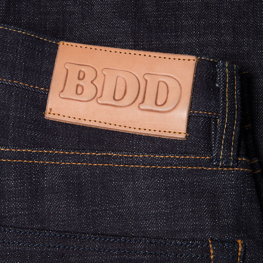 men's slim fit japanese selvedge denim jeans | indigo | made in japan | benzak BDD-006 heavy slub 16 oz. RHT | leather patch