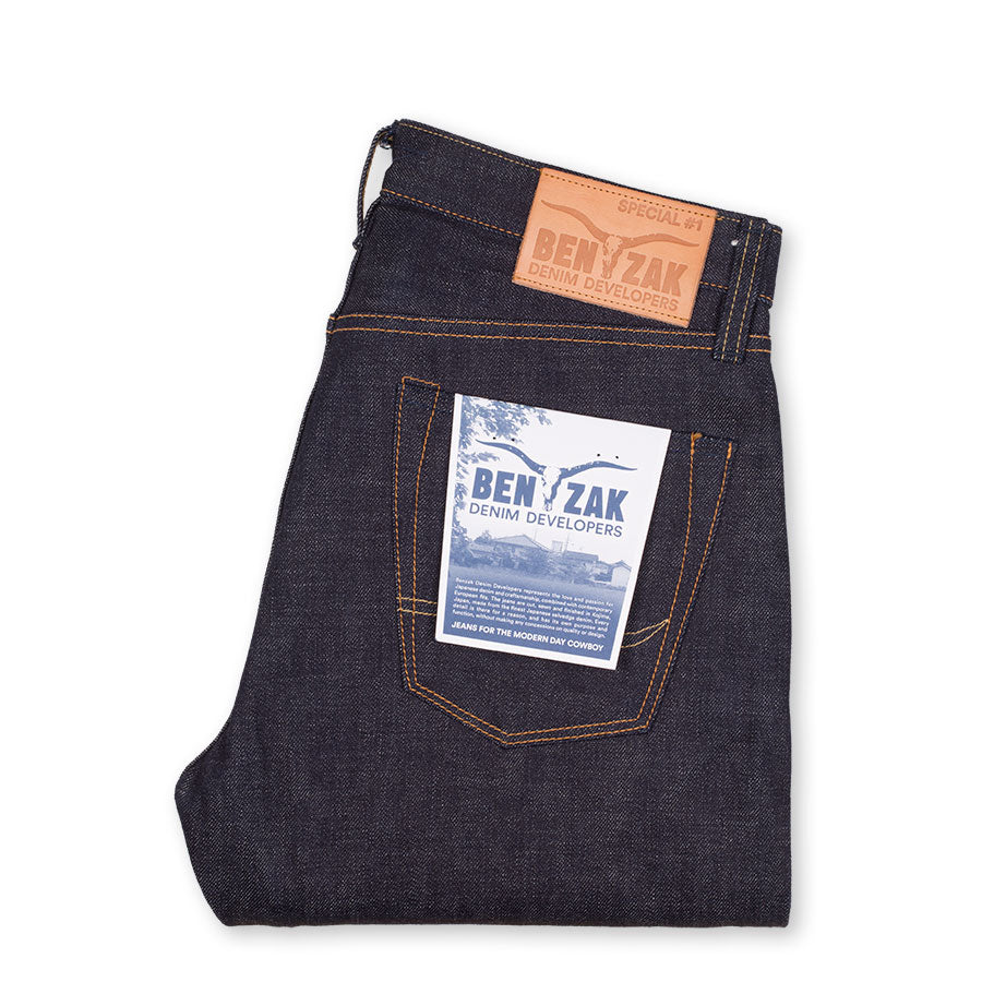 men's straight fit japanese selvedge denim jeans | indigo | made in japan | benzak BDD-707 special #1 low tension 14 oz. RHT | pocket flasher