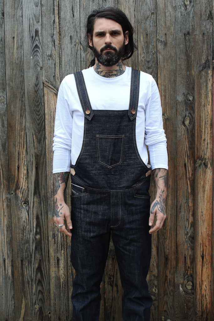 Peto de 13.5 oz selvage raw denim