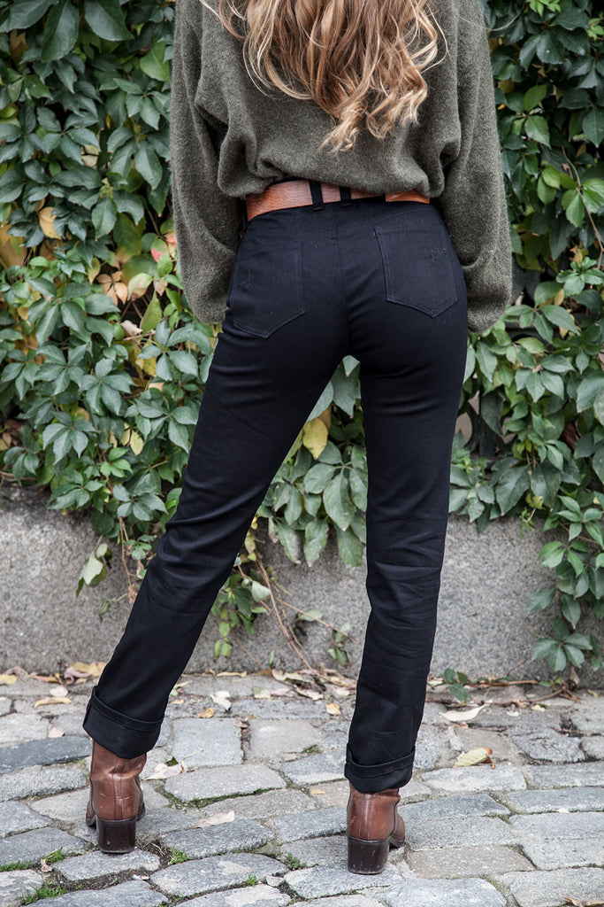 "5 Bolsillos ""El vaquero Perfecto"" // Denim Negro stretch 10 oz."