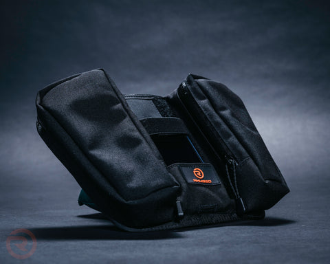 Image of Raven Magnetic Tank Bag