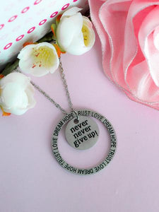 """Never Give Up"" Circle Necklace BeStrong"