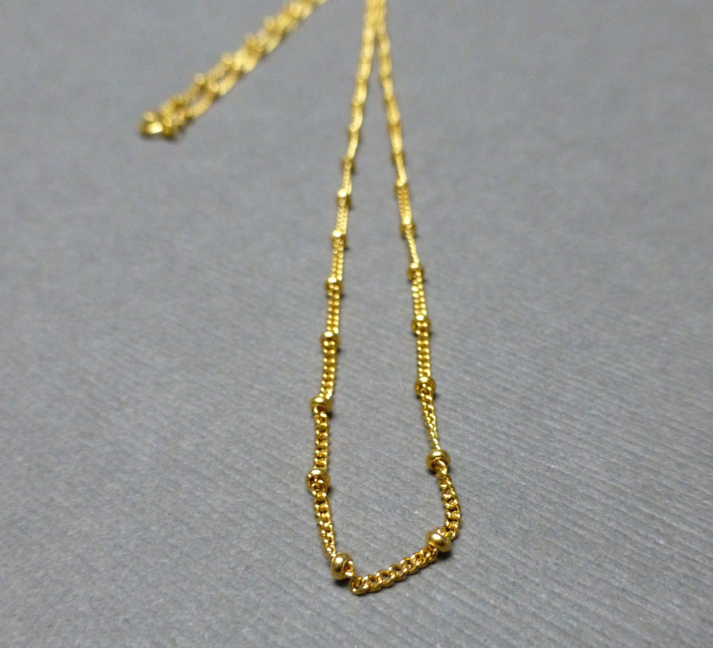 GOLD FILLED CURB WITH BEAD CHAIN 2MM 18 INCHES