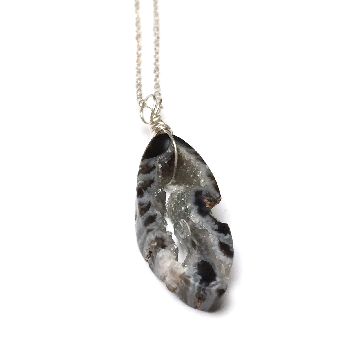 STERLING SILVER AGATE DRUZY NECKLACE - STRENGTHEN MY SPIRIT TALISMAN