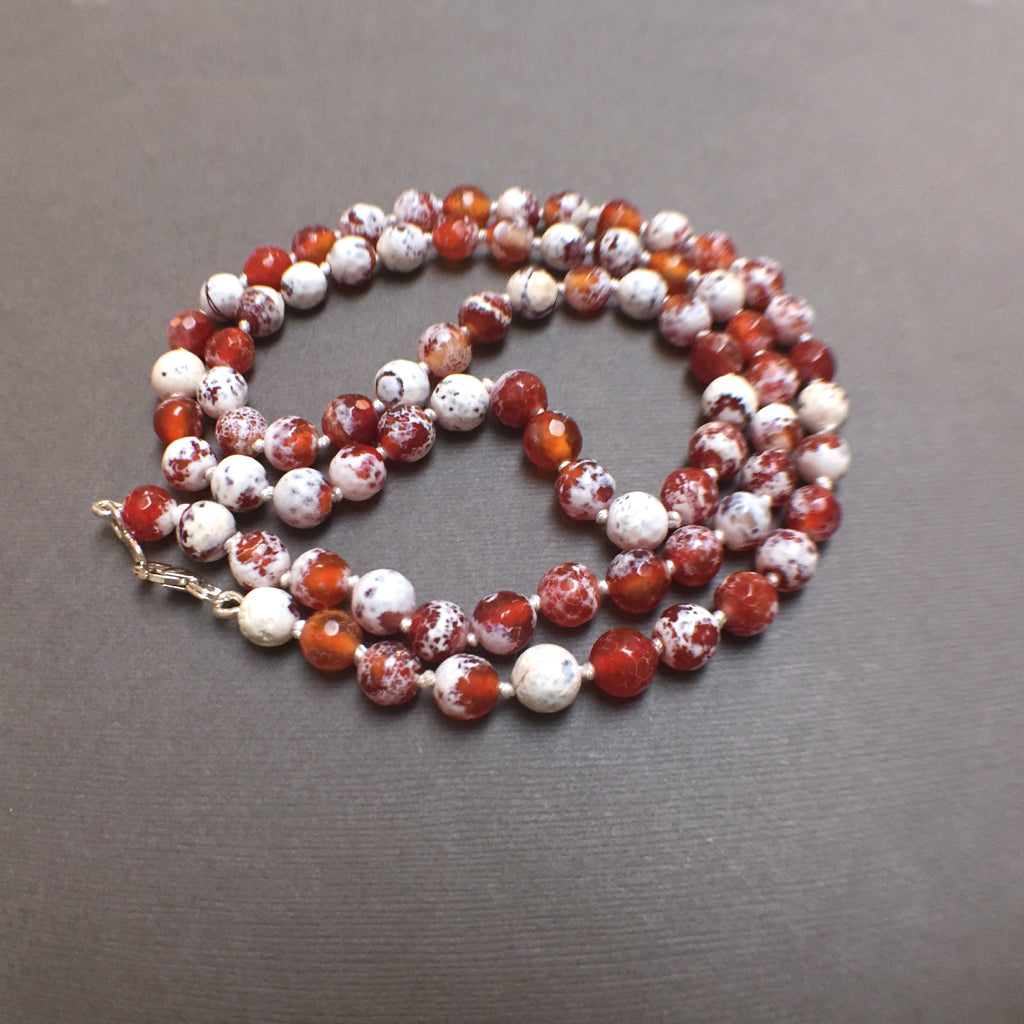 HAND SILK KNOTTED AGATE RED WHITE PROTECTIVE EMBRACE NECKLACE - STERLING SILVER