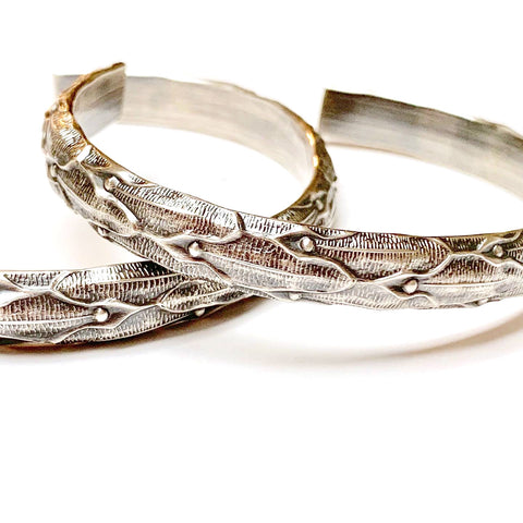 STERLING SILVER HEAVY PATTERNED BANGLE - MIRROR OF THE SOUL TALISMAN