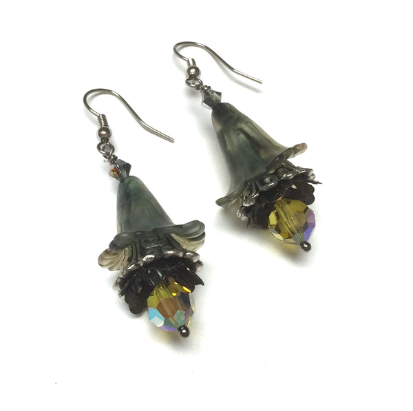 HANDMADE VICTORIAN STYLE FLOWER EARRINGS. MISTY GRAY. YELLOW. GARDEN. ROMANTIC. GOTHIC. FAIRY.