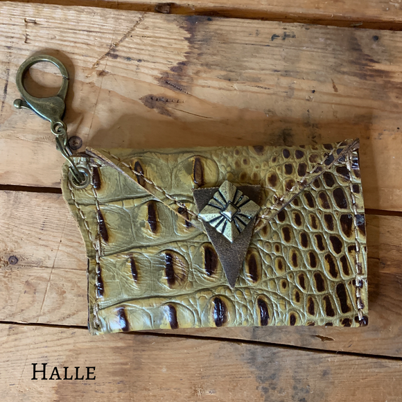 Halle Wallet