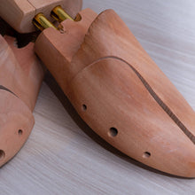 Load image into Gallery viewer, Personalised Cedar Wood Shoe Trees - Chase Shiel