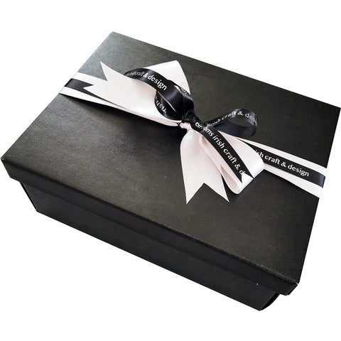 'Tea With Oscar' Gift Box