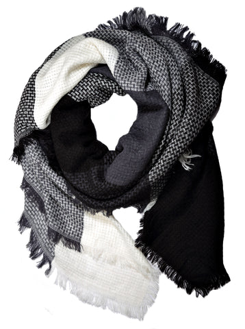 Monochrome Plaid Blanket Scarf