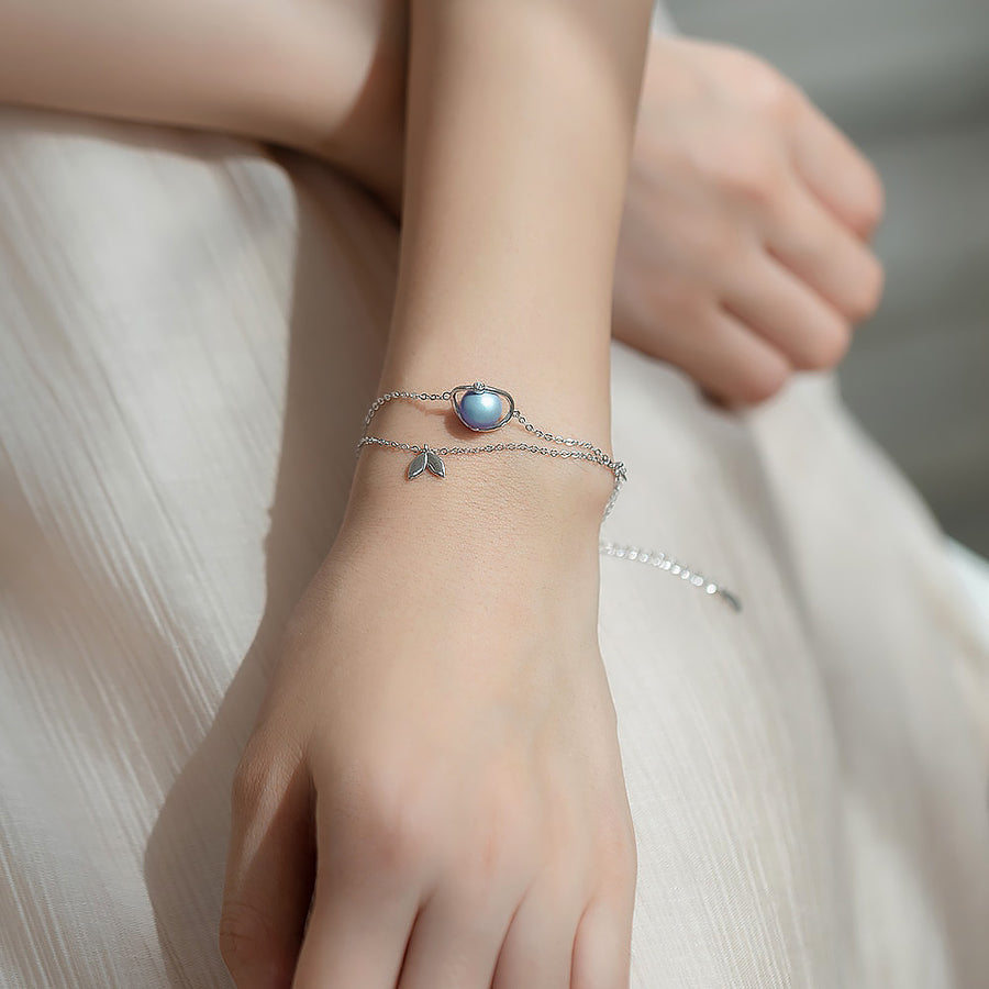 Midsummer Night's Dream Bracelet · Sterling Silver with Blue Pearl