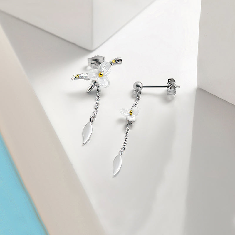Summer Flower Asymmetrical Earrings · 925 Silver with Natural Shell