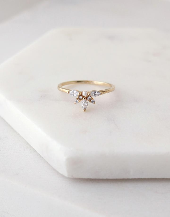 Harlowe Ring Size 6 - Gold