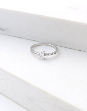 On Point Ring Size 6 - Silver