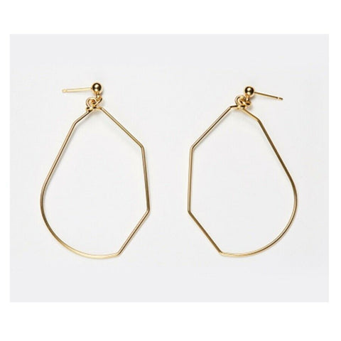 [Hei] Castle Unit Earring Gold Color with Case K-beauty Wearing Korean stars - BEST BEAUTIP