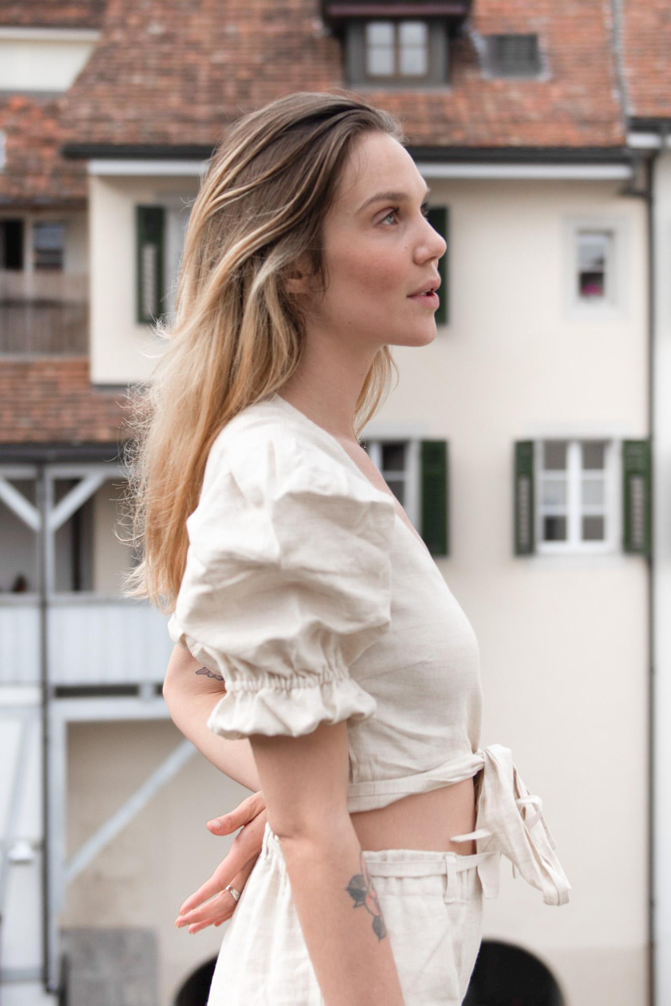 The Sarah Wrap Blouse (sand)