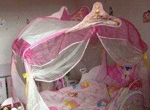 Low-Cost Disney Princess Carriage Bed