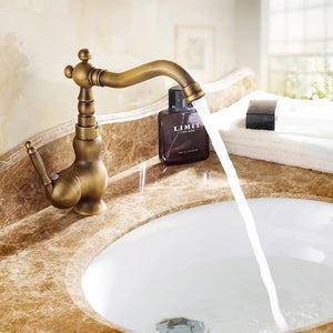 Antique Faucet Copper Hot Cold Fashion Bathroom Cabinet Basin Rotating Basin Faucets Gz8102