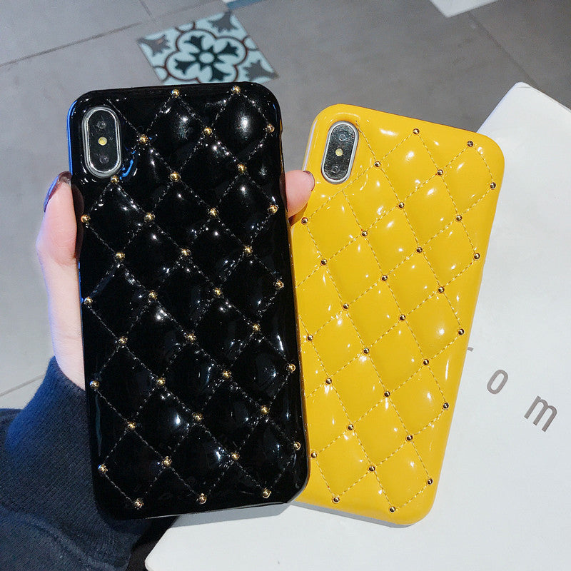 Luxury Diamond Quilted Case for iPhone XS MAX XR X 10 7 8 6 6S Plus Padded Embossed Quality PU Leather Full Cover Phone Case for iPhone