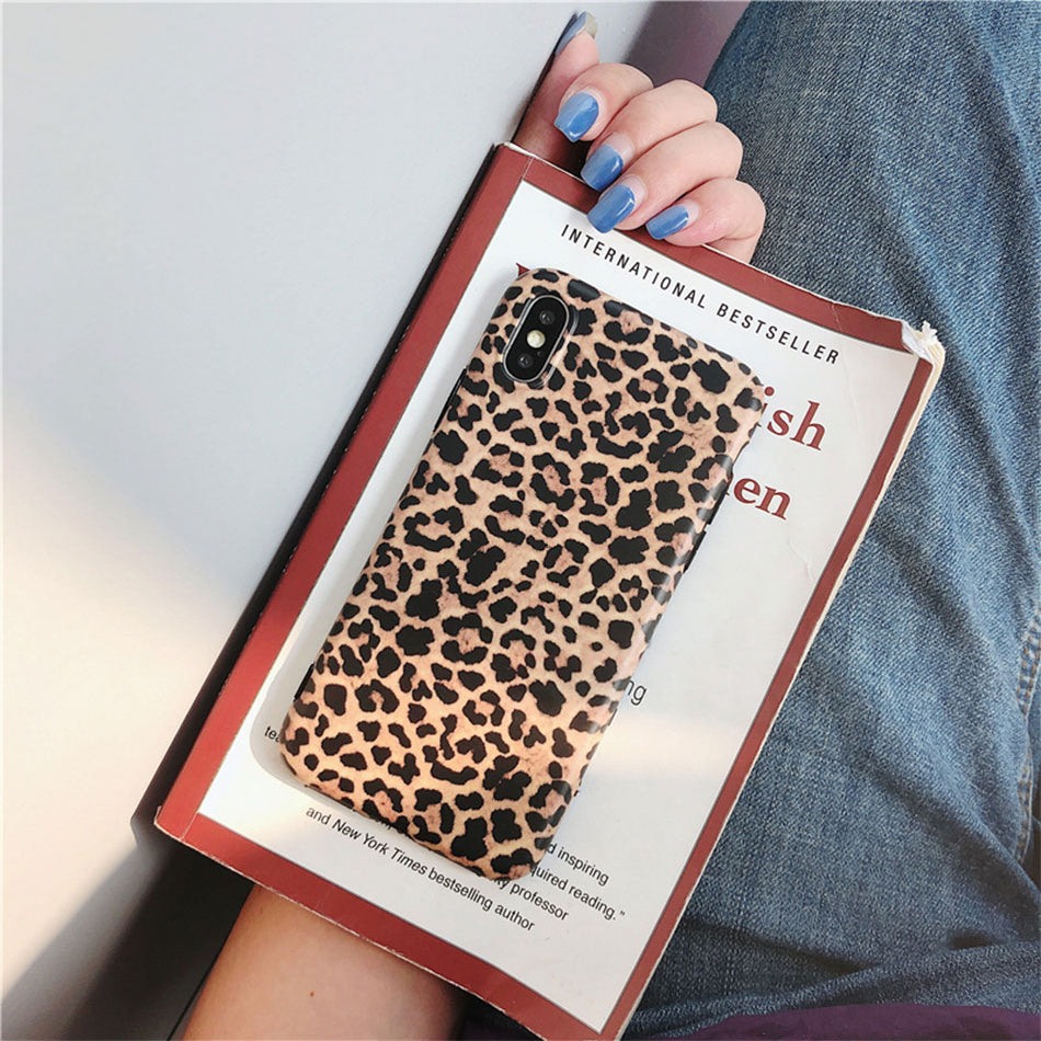 Realistic Retro Leopard Print iPhone Case For iPhone XS Max XR X Case Back Cover For iPhone 6 6S 8 7 Plus Soft Silicon Fitted Cases For iPhone