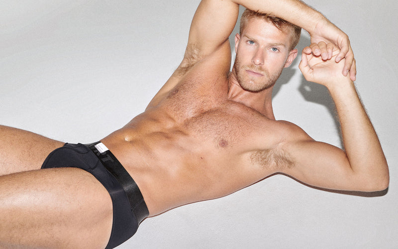 BLACK KVRT BRIEF