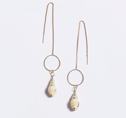 Shell Thread Circle Earrings