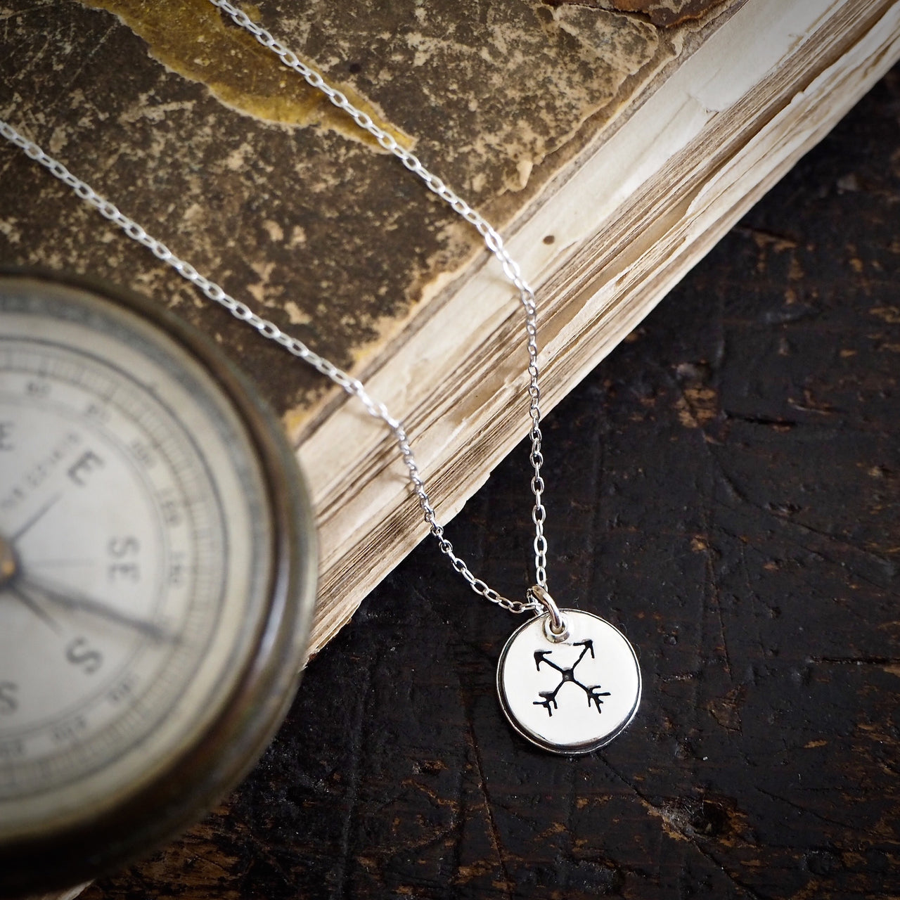 Crossed Arrow Pendant