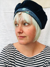 Load image into Gallery viewer, Tattymoo x Readorn Beret Hats
