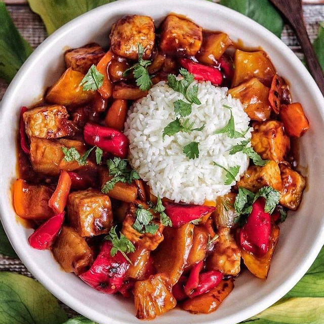 Sweet and Spicy Tempeh Pineapple and Pepper Stir-Fry