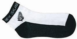PK-55037 - Ankle Sock White Black Fern - New Zealand Gifts & Souvenirs