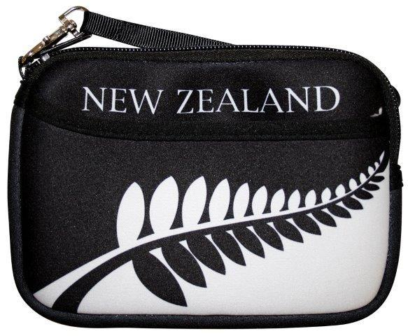 PK-00237 - Purse with Pocket Black White Fern - New Zealand Gifts & Souvenirs