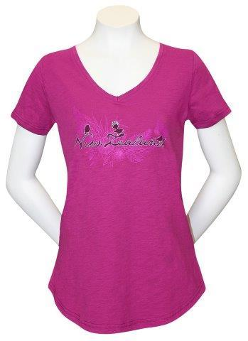 PK-70305 - T-Shirt Sea to Sky Silhouette Magenta Ladies - New Zealand Gifts & Souvenirs