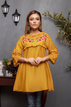 Load image into Gallery viewer, Turmeric Top (2-5 weeks delivery)
