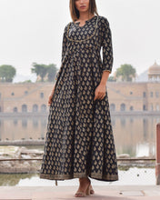 Load image into Gallery viewer, Black Rajputi Gown