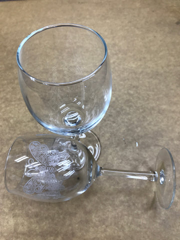 wine glasses 01