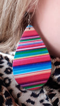 Load image into Gallery viewer, Earrings - Serape