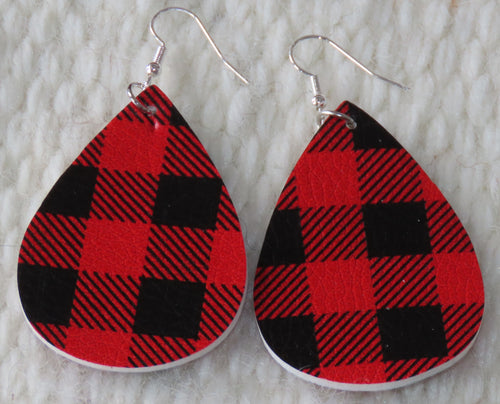 Country Girl Plaid Earrings in Red