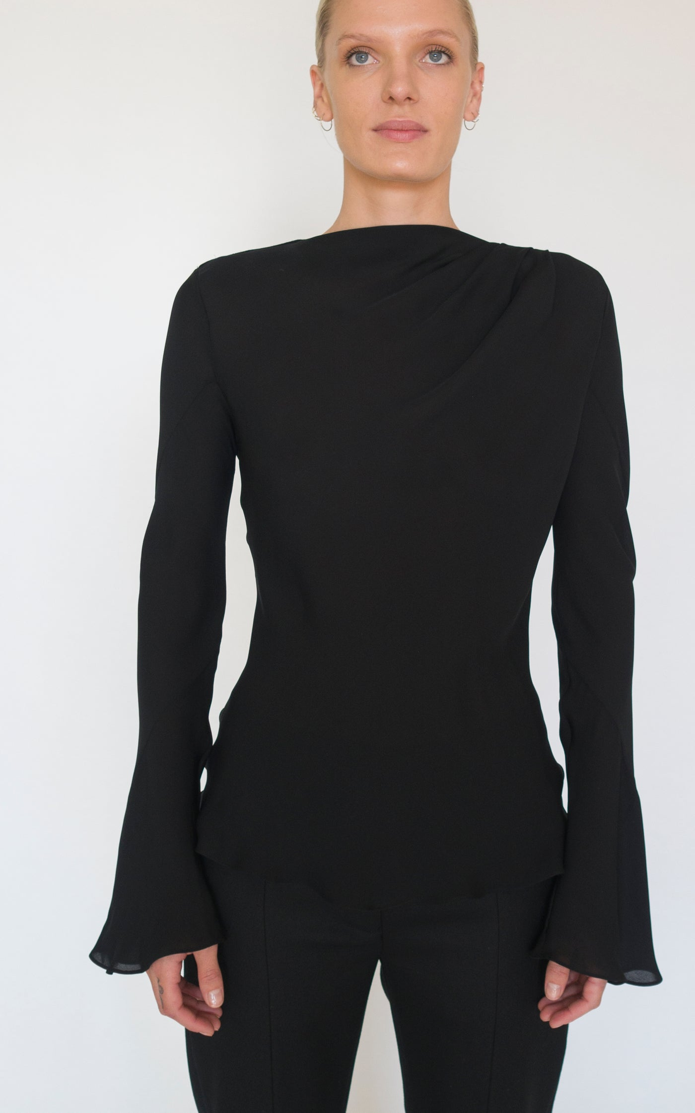 Preorder Double Helix Long Sleeve Top | Black
