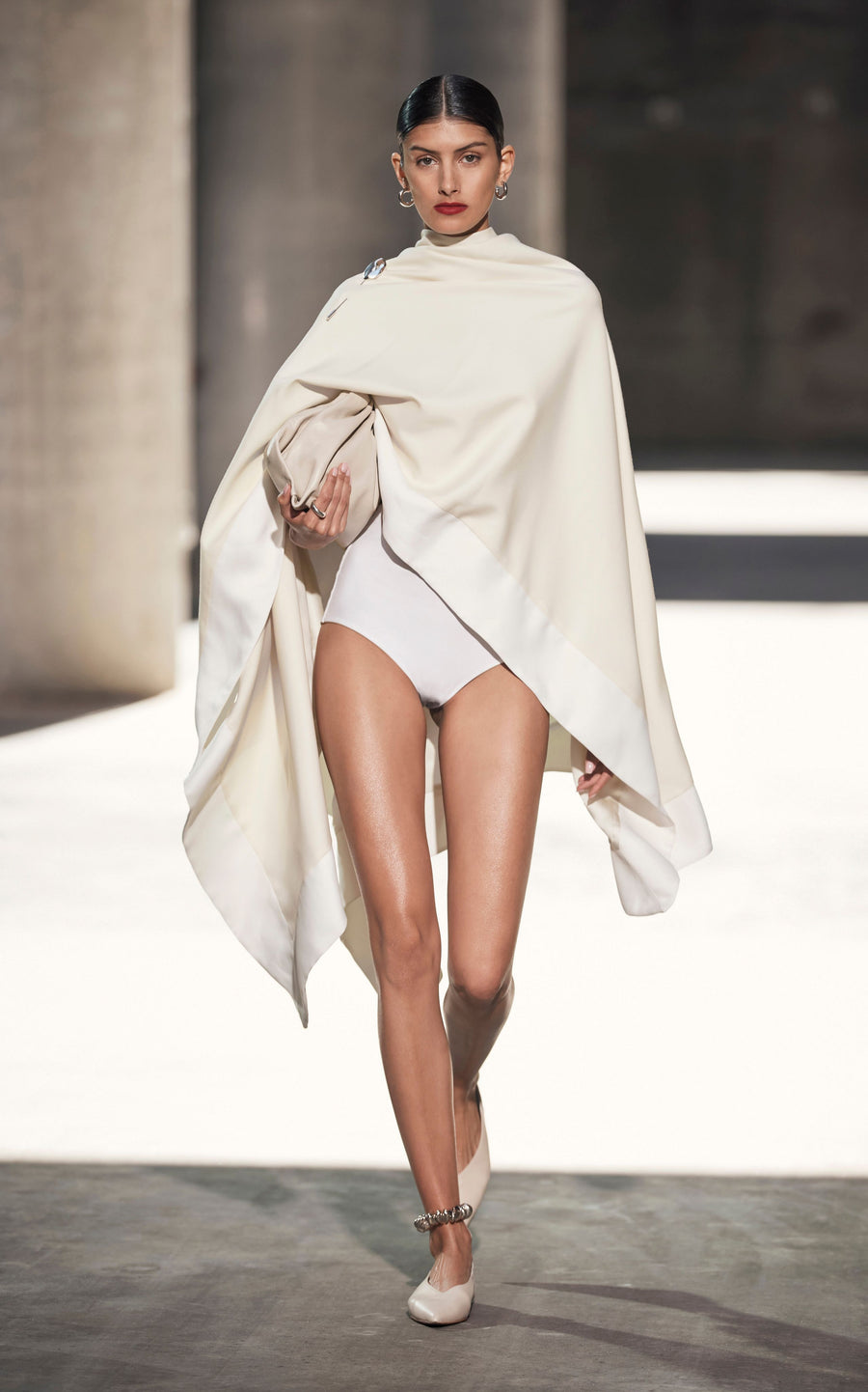 Swathe Cape | Bone