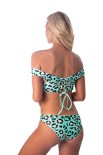 Load image into Gallery viewer, Jassmine Top - Mint Leopard